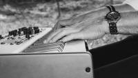 Pianist Dennis de Bruijn - Nord Stage 3 - Handen