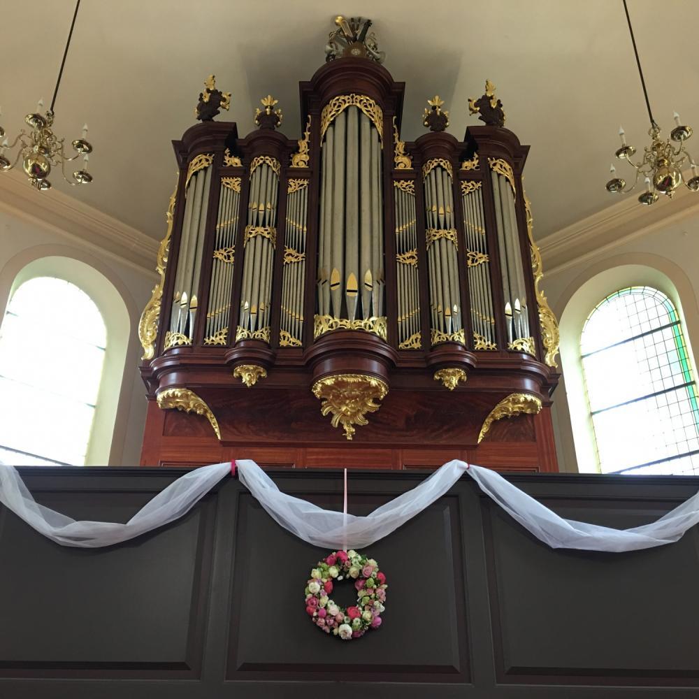 Een trouwdienst spelen in Tilburg op een prachtig orgel